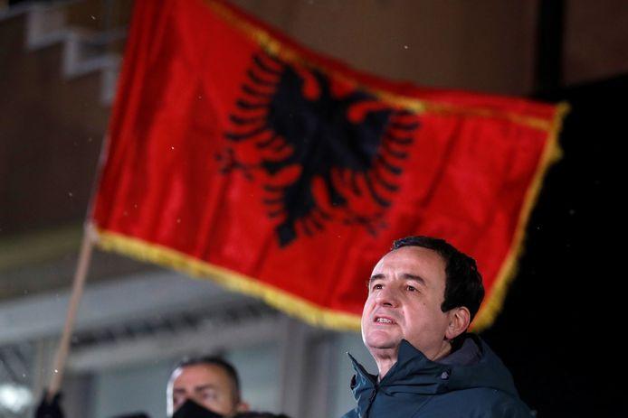 Partijleider Albin Kurti van de linkse beweging Vetevendosje 'Zelfbeschikking'.
