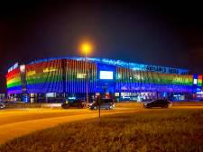 AA Gent laat Ghelamco oplichten in regenboogkleuren nadat het van UEFA niet mag in München