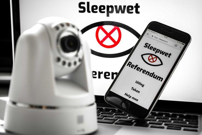 Oproep tot het referendum over de Wet op de inlichtingen- en veiligheidsdiensten.