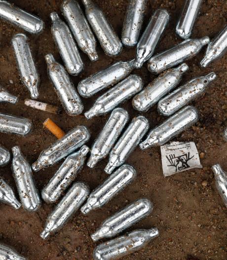 Jeugdige gebruikers (10 en 13 jaar) lachgas in Arnhem gewaarschuwd