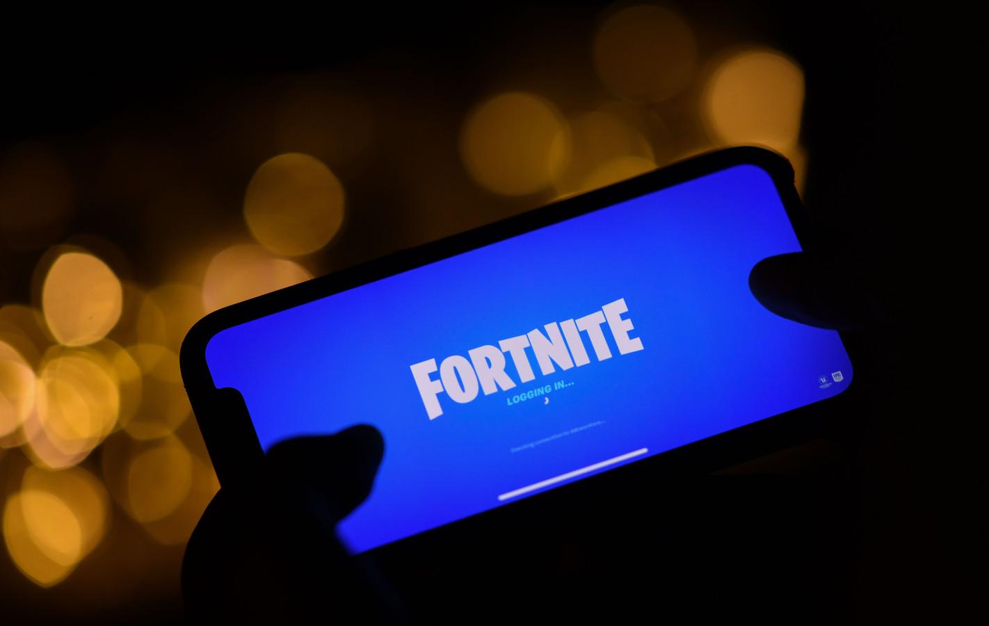Fortnite-ontwikkelaar Epic Games ligt al enige tijd in de clinch met Apple. Fortnite is sinds vorige maand niet meer beschikbaar op iOS-apparaten na een rechtszaak van Epic Games tegen Apple. Nu heeft Apple zelf ook een aanklacht ingediend.