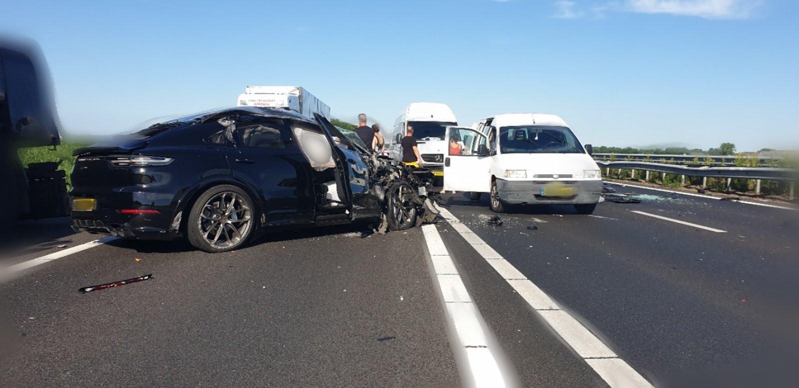 Het ongeluk veroorzaakte een ravage.