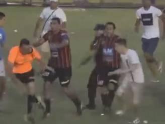 Barbaars: Argentijnse spelers en hooligans richten enorme ravage aan bij scheidsrechterstrio