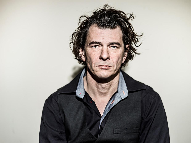 HSM Dimitri Verhulst De verslavingen van Onze verslaggever in de leegte. Ongedateerde dagboeken Beeld Johan Jacobs Humo 2020
