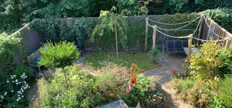 Axel en Sanne hebben een tuin waarin je als een nomade kunt verdwijnen