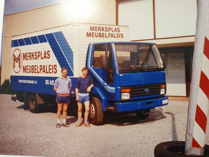 De derde vrachtwagen van het familiebedrijf.
