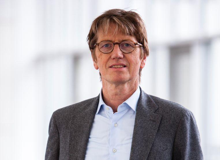 Walter Weyns  (UAntwerpen): 'Mensen identificeren zich gemakkelijker met dieren dan met andere mensen.' Beeld rv