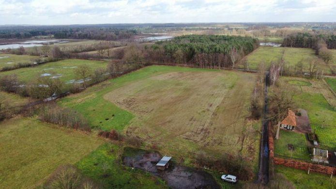 Het gebied aan de Haardijk dat de PvdD wil 'vrijkopen' voor nieuwe natuur.