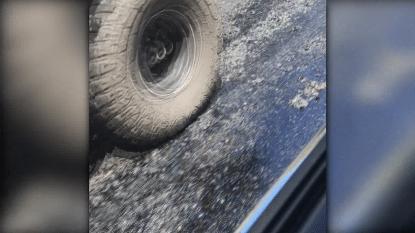 VIDEO: Door de hitte in Australië smelt zelfs het asfalt