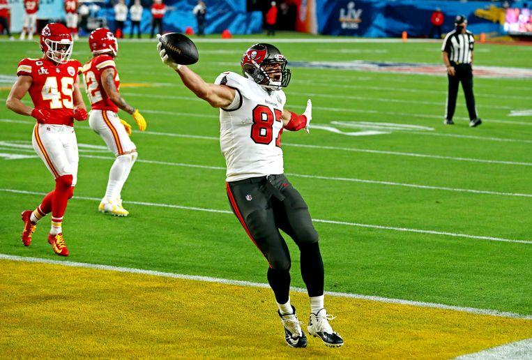 Tampa Bay Buccaneers-speler Rob Gronkowski (87) nadat hij een touchdown maakte. Beeld USA TODAY Sports
