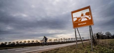 Betuwe profileert zich langs de weg: nieuwe welkomstborden en overal grote letters