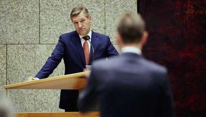VVD-leider Halbe Zijlstra (rechts) en CDA-leider Sybrand Buma tijdens de Algemene Politieke Beschouwingen.