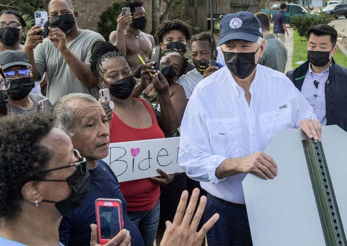 President Joe Biden bezocht vrijdag al een zwaar getroffen wijk in New Orleans.