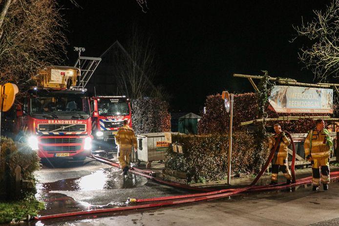 Op vrijdagavond 31 januari is er even na 18:00 uur brand uitgebroken op het erf van MeerZoo aan de Steenwijkerweg.