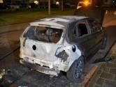 Opnieuw autobrand in Nijmegen: achterkant in lichterlaaie