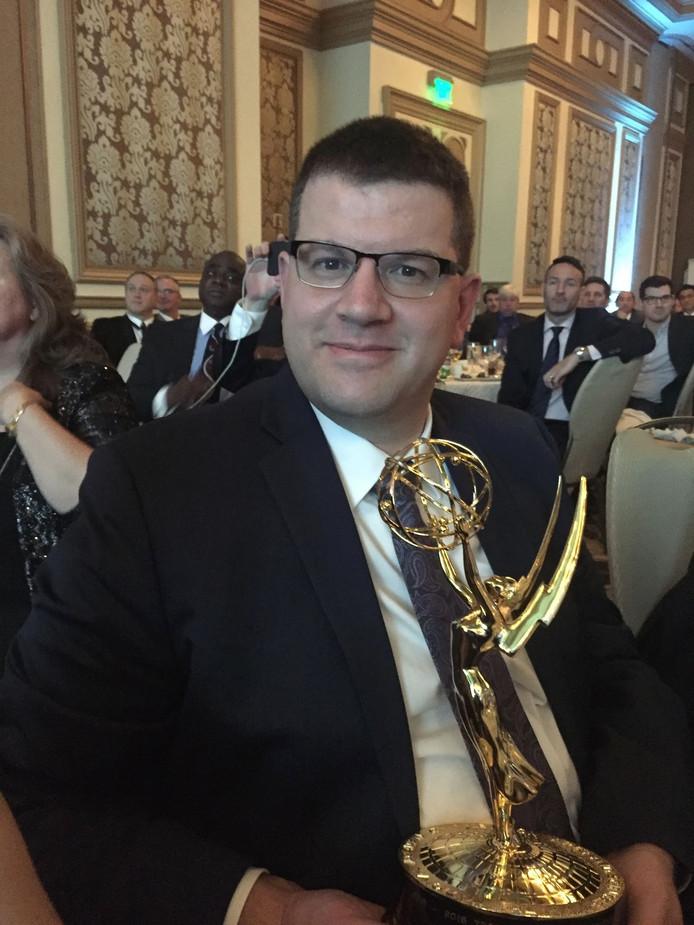 Erik van de Pol met zijn eerste Emmy Award