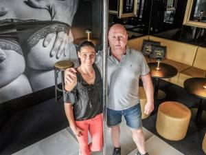 """Coronaregels dwarsbomen opening nieuwe parenclub Pourquoi Pas: """"Boven mag bijna alles, in de bar beneden bijna niets, het is absurd"""""""