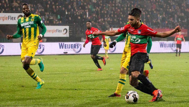 NEC-speler Mohamed Rayhi scoort het derde doelpunt tegen ADO Den Haag. Beeld anp