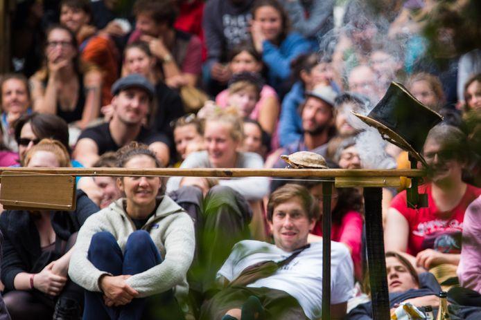 Een van de optredens tijdens het festival in Zutphen.