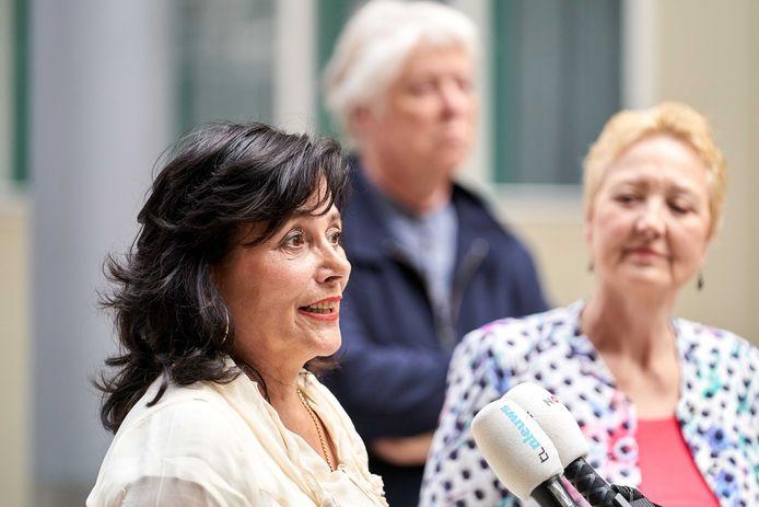 50Plus Tweede Kamerleden Corrie van Brenk, Leonie Sazias en Gerrit Jan van Otterloo lichten de toekomst van de politieke partij toe. Fractievoorzitter Henk Krol heeft besloten op te stappen en een eigen partij op te richten.