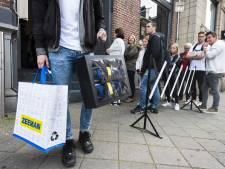 Fans staan in de rij voor exclusieve sneakers van... Zeeman