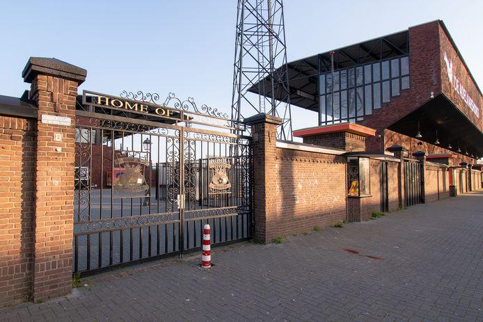 Het stadion van Go Ahead Eagles blijft vrijdag op slot.