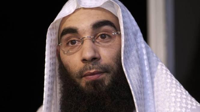 Aanhouding Fouad Belkacem met maand verlengd