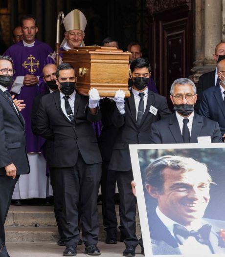 """Famille et amis ont dit adieu à Belmondo à Saint-Germain-des-Prés ce vendredi: """"Il est là pour l'éternité"""""""