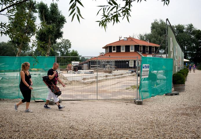 Kameryck heeft de bouwwerkzaamheden voor uitbereiding eerder moeten stilleggen in verband met de procedure bij de Raad van State