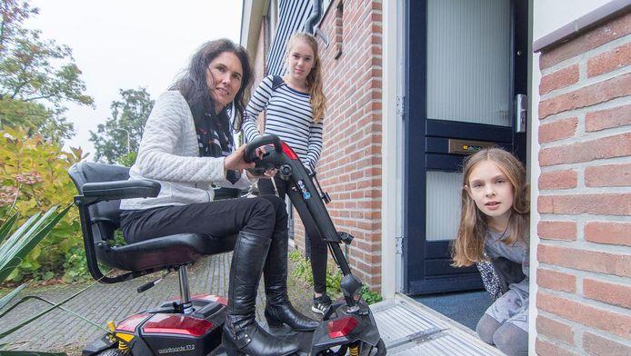 Martine Siemelink (41) en haar dochters
