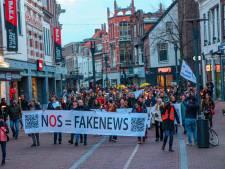 Viruswaarheid Midden Nederland roept om vertrek Rutte tijdens fakkeltocht