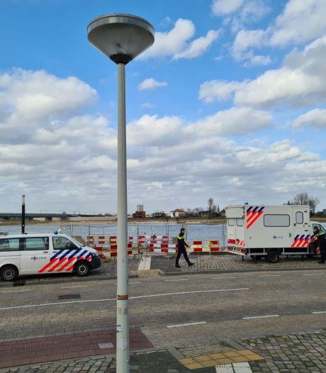 Politiepost op Waalkade moet overlast in de kiem  smoren: zero tolerance weer van kracht