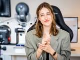 Vlogger Lise is de grote zus die je als puber wilde hebben: 'Weg met taboe en schaamte'