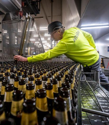 Brouwers werken dag en nacht door: er moet bier naar het terras