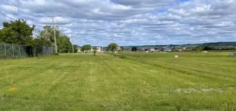 Plus de 750 tombes anonymes découvertes près d'un pensionnat au Canada