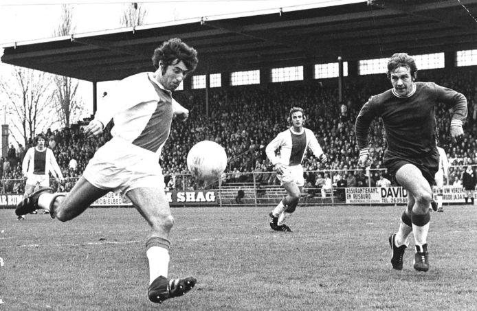 Sjaak Swart maakt in 1972 het eerste doelpunt tegen FC Utrecht (4-0).