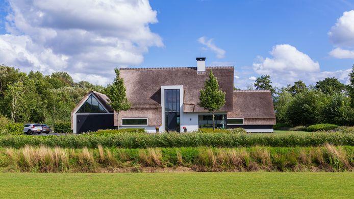 Het aantal huizen van meer dan 1 miljoen euro is in Nederland fors gegroeid.