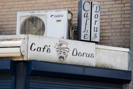 Voormalig café Dorus in de Nijmeegse wijk Horstacker is definitief gesloten na een steekincident.