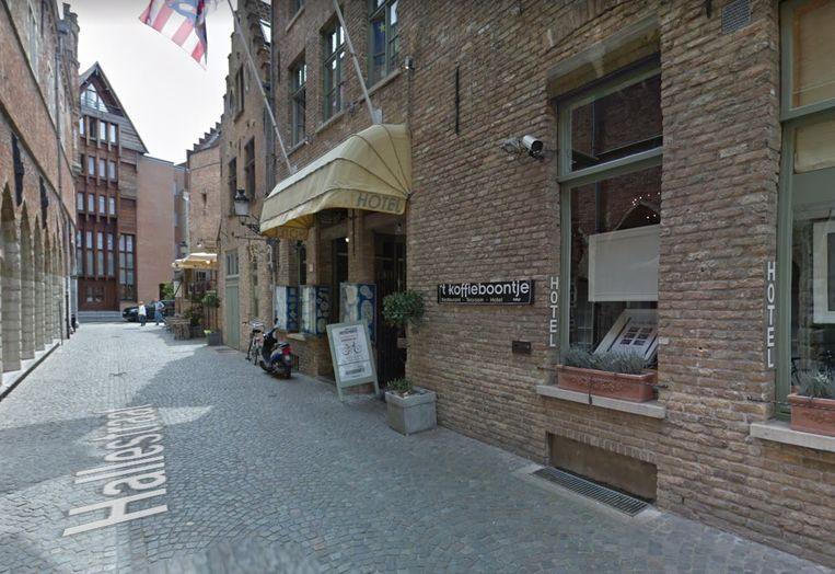 In hotel 't Koffieboontje werd vrijdagnacht een lockdownfeest met 28 personen stilgelegd. Beeld Google Street View