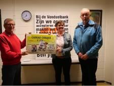Stichting Eemlijn doneert geld aan Amersfoortse voedselbank