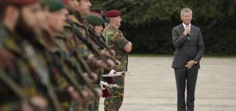"""""""L'armée est à la dérive"""""""