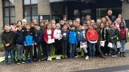 Vierde leerjaar gemeenteschool op bezoek bij de burgemeester