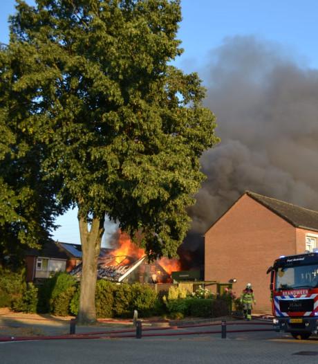 Asbest vrij na schuurbrand midden in woonwijk Bemmel