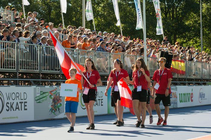 Het Oostenrijkse team  presenteert zich in Heerde.