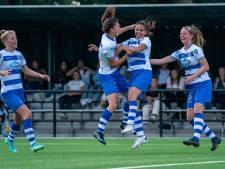 Wat een weelde: vrouwen PEC Zwolle koploper in de eredivisie na zege op ADO