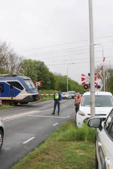 Spoorboom kapot gereden op Barneveldseweg in Nijkerk