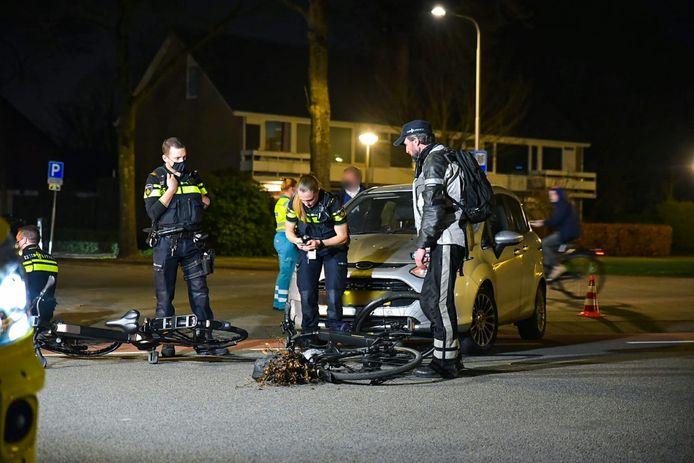 Twee fietsers aangereden in Tilburg.