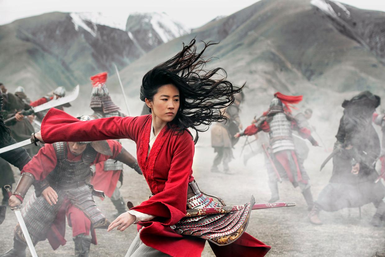 Liu Yifei als Mulan in de gelijknamige Disney-film.  Beeld AP
