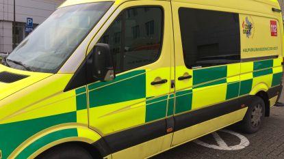 Twee gewonden bij botsing in Kermt