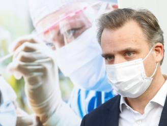 """Minister De Backer: """"Momenteel meer dan 30.000 coronatests per dag in België. 99 procent krijgt resultaat binnen 24 uur"""""""